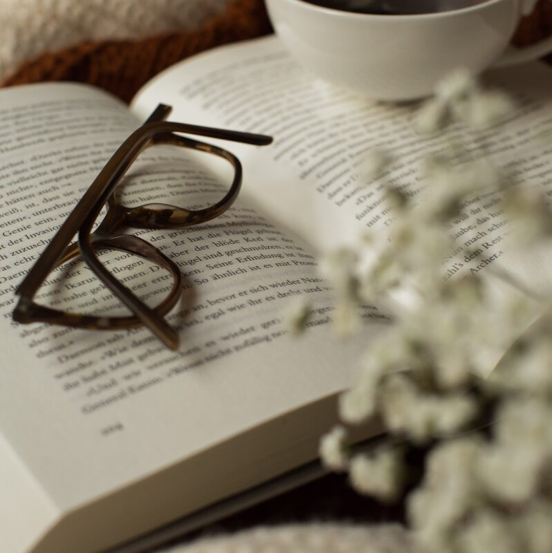 2020-02-06 - Pullover Brille Kaffee-4